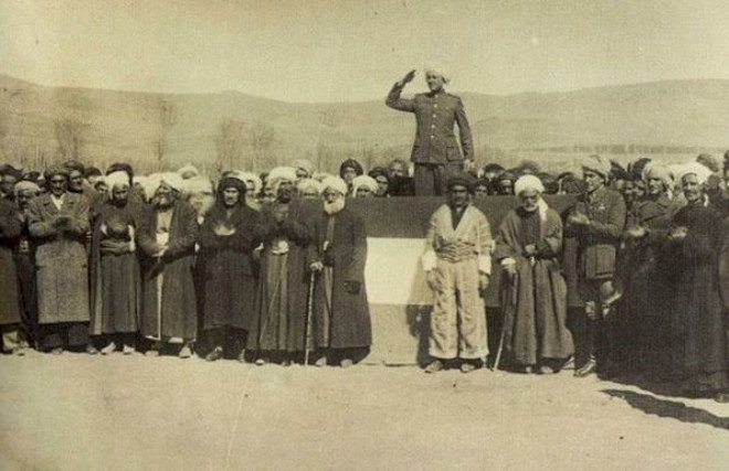 Bugün Mahabad Kürdistan Cumhuriyeti'nin 75'inci kuruluş yıl dönümü