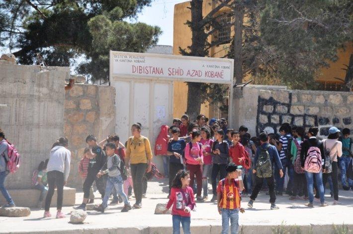 Suriye rejimi Kamışlo'da 2 okula el koydu