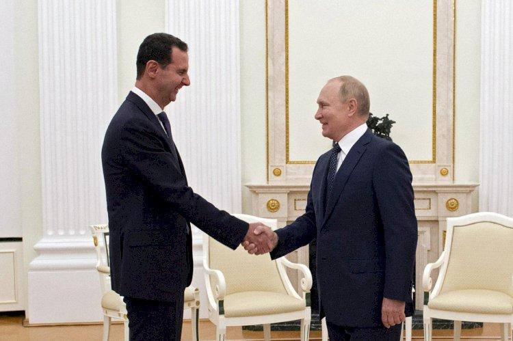Esad'ı Moskova'da ağırlayan Putin: Suriye'de asıl sorun yabancı güçler